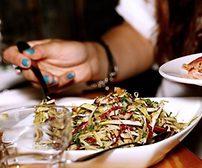 Undgå overspisning på din arbejdsplads – 10 konkrete tips
